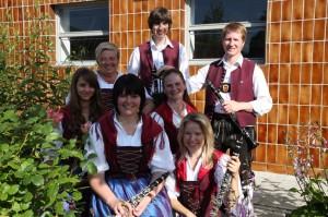 Hinten: Rebecca Schmid, Renate Sauter, Christopher Traub, Stefan Sailer Vorne: Sabrina Konrad, Sabine Gerhard, Patricia Leiter